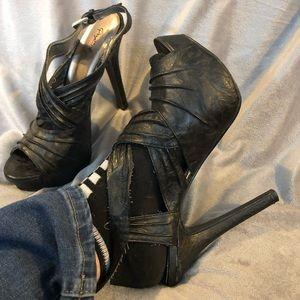 Qupid Black Heels Sexy 8 8.5